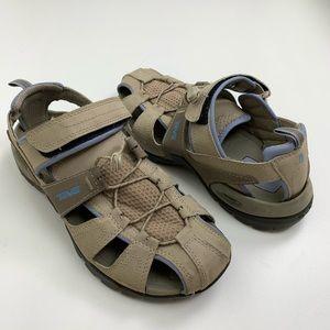 Teva Deacon Closed Toe Water Shoe Size 8